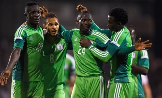 Wenger: Eagles' 'team spirit' will take them to second round