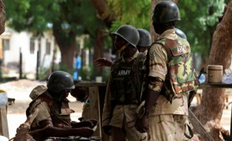 Troops arrest three 'pipeline vandals' in Bayelsa