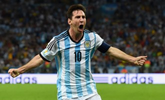 World Cup: Messi scores, Argentina wins