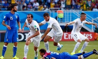 Uruguay dump Italy out of World Cup
