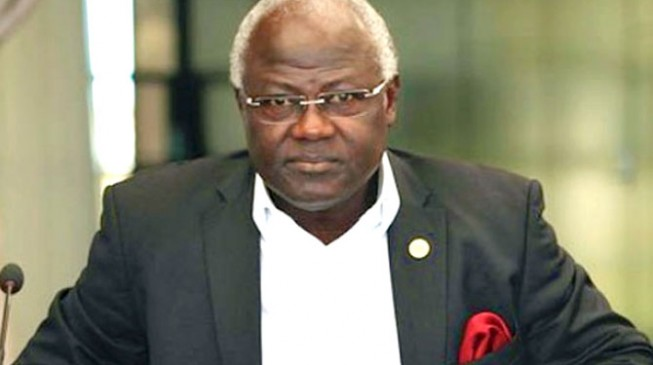 Ebola: Sierra Leone president declares state of emergency