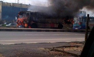 Soldiers torch BRT buses over killed colleague