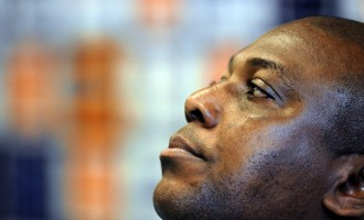 Agents: Keshi won't sign 'slave contract'