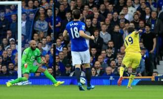 Chelsea win nine-goal thriller as City, United stumble
