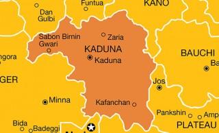Kaduna APC receives '850' defectors from PDP, PRP