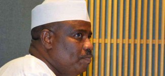 252 special advisers, assistants 'desert' Tambuwal, pledge allegiance to APC