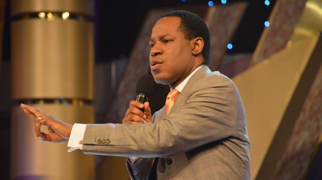 'How dare you?' — Oyakhilome tackles FG for limiting duration of services over COVID-19