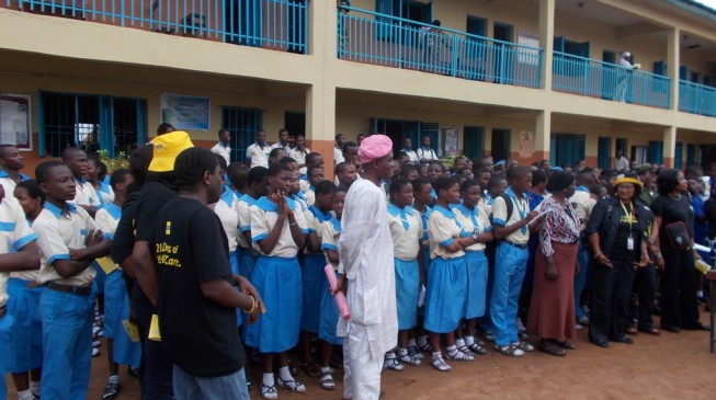 Lagos agrees to open schools on September 22