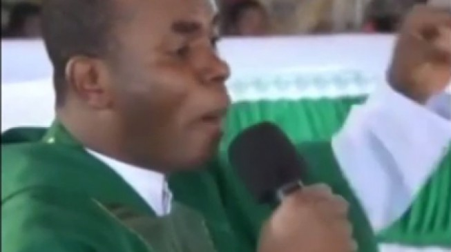 VIDEO: Four years after, Mbaka says Ohakim never flogged any reverend father