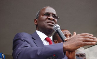 This government won't succumb to blackmail, Fashola tells DISCOs
