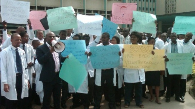 Doctors fail to suspend strike as FG breaches agreement
