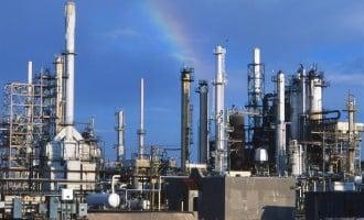 Lagos refinery to start running in 2018, says Dangote