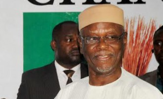 APC chairman, Oyegun, 'robbed in his house'