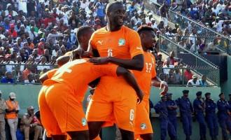Yaya Toure sends quit notice