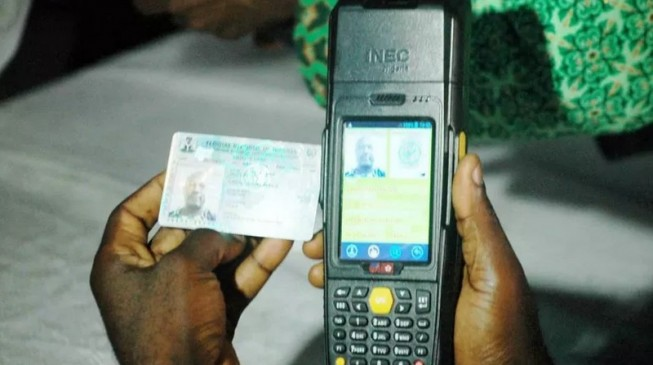 Buhari not opposed to card reader, says Garba Shehu