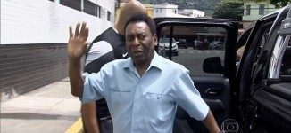 Pele hospitalised after collapsing due to severe exhaustion