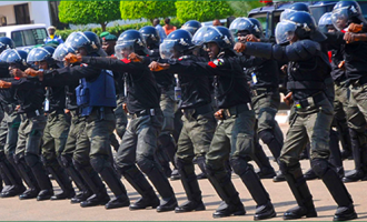 FG to recruit 10, 000 police officers