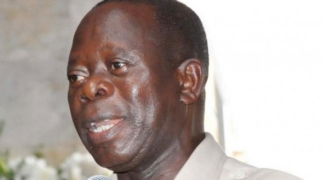 Oshiomhole: Jonathan was not competent enough to continue as president