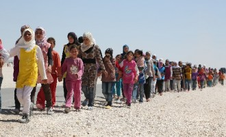 Cameron: UK will resettle 20,000 Syrian refugees