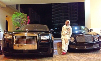 Mayweather loses Bentley, two Rolls Royce to fire