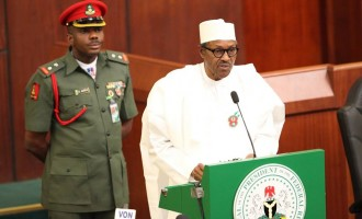 Buhari writes national assembly, to present Budget 2018 Tuesday