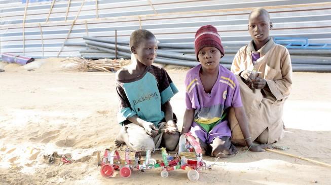 Boko Haram ambushes humanitarian convoy, wounds 5