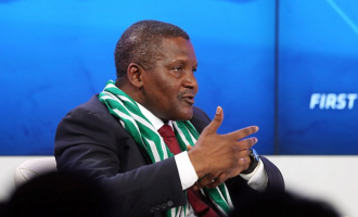 Dangote takes small loans to women across 774 LGAs