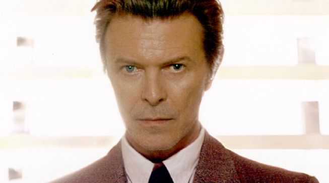 Bowie breaks Adele's record for most-watched video in a day