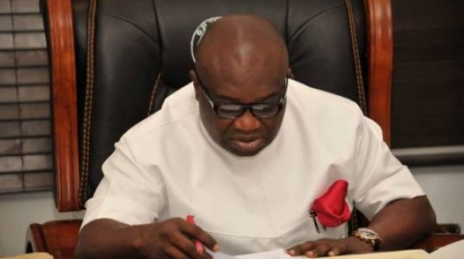 Ikpeazu declares curfew in Aba as soldiers besiege city