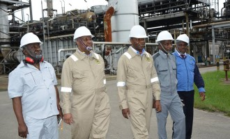 For the 3rd time in 10 months, Angola overtakes Nigeria as Africa's largest oil producer