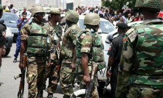 Soldiers storm Badagry in search of militants