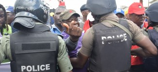 Police threaten to deal with those planning to block third mainland bridge over land use charge