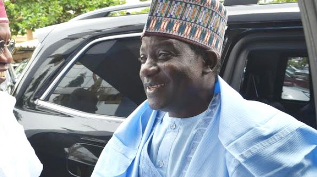 Lalong: I'll deal with looters myself if EFCC delays