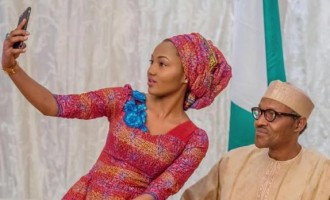 EXTRA: Buhari's aides contribute money to pay for his meal at Zahra's wedding