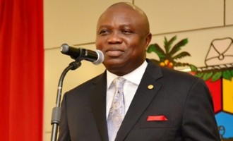 Ambode presents 2017 budget, set to commence 4th mainland bridge