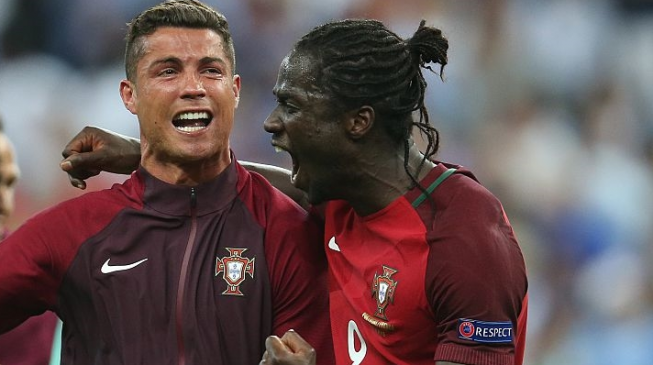 Euro 2016 champions Portugal fly home to hero's welcome, presidential honour