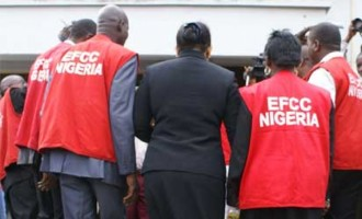 EFCC bars journalists from premises