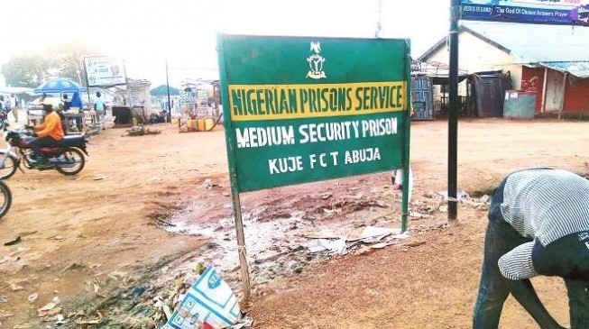 Prison boss denies 'crisis' at Kuje