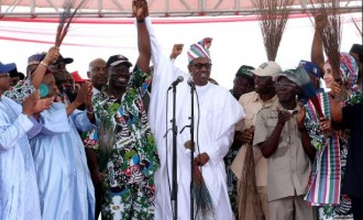 Buhari attends first APC governorship campaign since assuming office