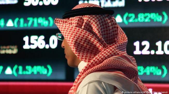 Saudi Arabia dumps Hijri calendar to save money in govt pay