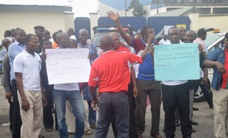 Protests are illegal here, Arik tells unions