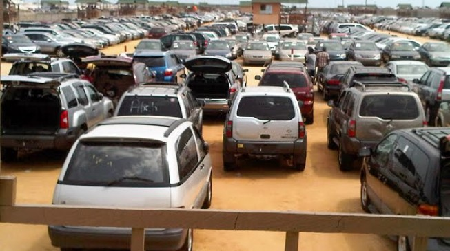 FG bans importation of cars through land borders