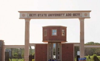 Fayose cancels 400 appointments at Ekiti varsity