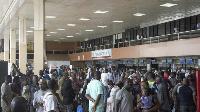 Power outage cripples Lagos airport — for over one hour