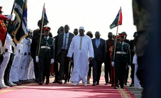 Barrow arrives Gambia after 2 weeks in Senegal