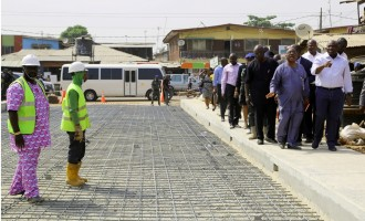 Ambode promises to construct 181 roads before April