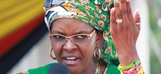 Zimbabwe arrests four for booing Mugabe's wife