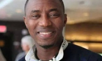 Police release Sowore, publisher of Sahara Reporters