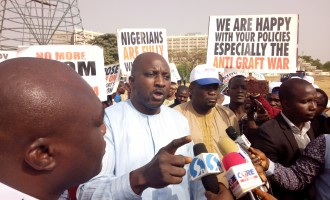 Pro-Buhari, anti-govt groups protest in Abuja