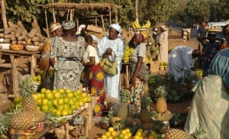 FG asks states to relocate markets on highways